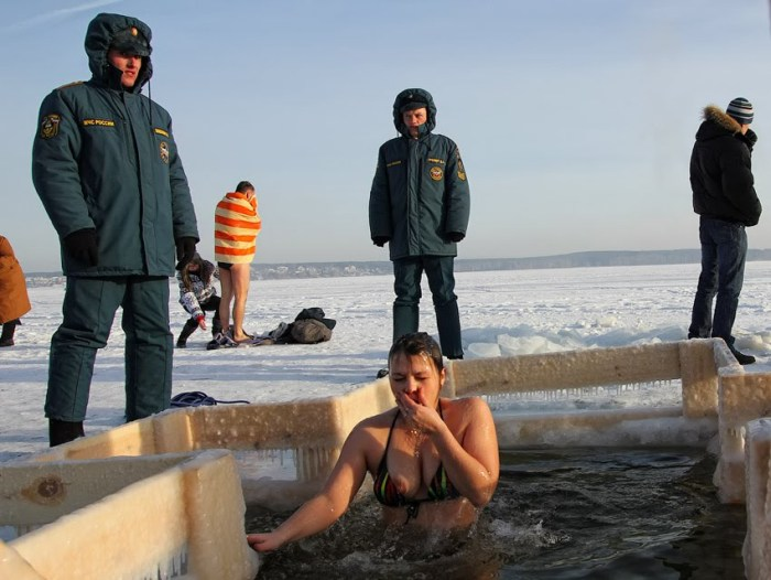 Epiphany ice hole bathing on Lake Shartash in Yekaterinburg, January 2012