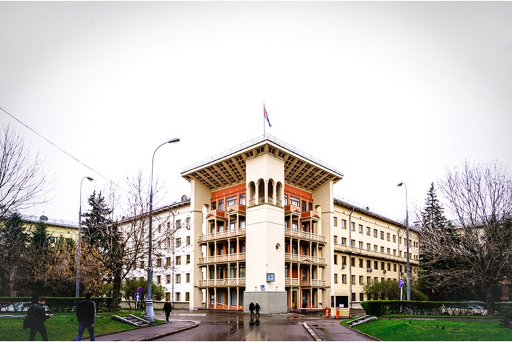 Known as the Labor Palace of Trade Unions since Soviet times, FNPR's headquarters on Leninsky Prospekt in Moscow is of the most well-known pieces of real estate managed by the federation. Photo courtesy of Oleg Yakovlev/RBC
