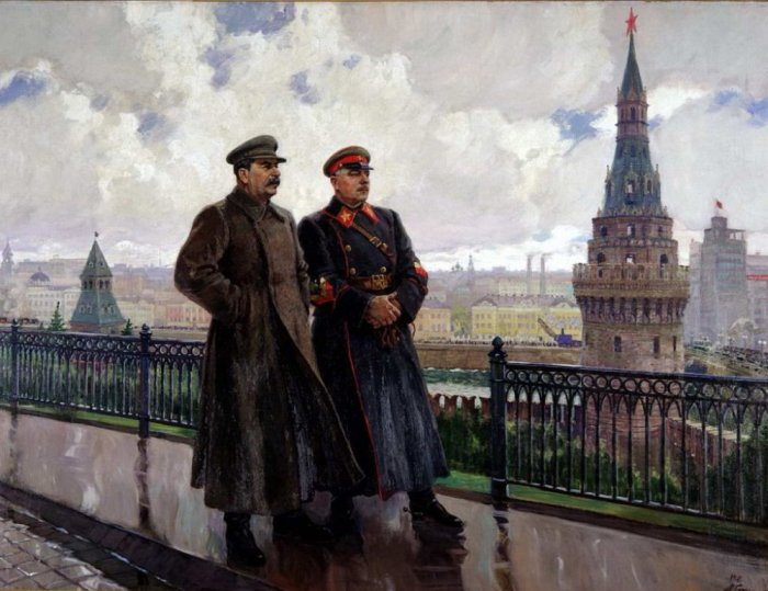 Stalin-i-Voroshilov-v-Kremle-1938g